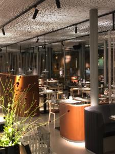 En restaurang eller annat matställe på Marstrands Havshotell