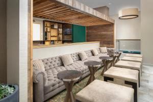 A seating area at Homewood Suites by Hilton Austin Downtown