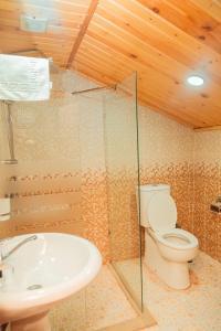 Um banheiro em Marsel Hotel