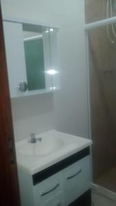 A bathroom at Recanto de Furnas