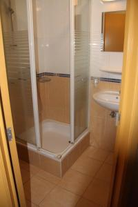 A bathroom at Hotel Frederiksborg