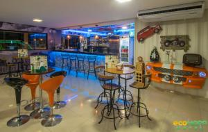 O lounge ou bar de EcoMAPP Hotel