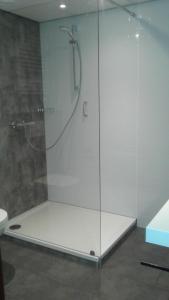 Een badkamer bij Hotel Norg