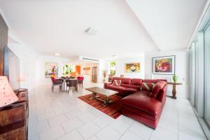 A seating area at 35/144 Shingley Drive