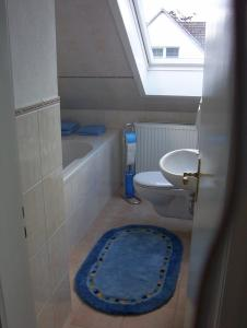 Ein Badezimmer in der Unterkunft Ferienwohnung-Osten