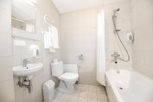 A bathroom at Ecotel Vilnius