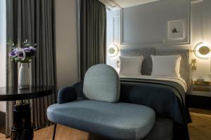 A seating area at Maison Armance - Esprit de France
