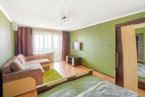 Гостиная зона в Apartments Abazhur on Kareltseva 101