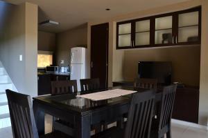 Área para comer en el aparthotel
