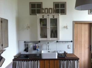 Cuisine ou kitchenette dans l'établissement Bed&B La Ferme De L'ostrevent
