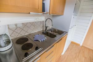 Ett kök eller pentry på Hafsten Resort