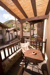 A balcony or terrace at Linos Inn