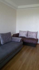 A seating area at Apartment on Lenina 8