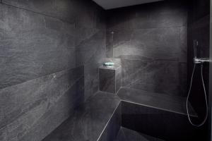 Salle de bains dans l'établissement Novotel Suites Colmar Centre