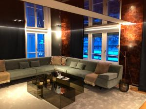 A seating area at Le Bijou LQ82 Spectacular Limmatview Penthouse