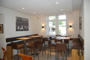 Ein Restaurant oder anderes Speiselokal in der Unterkunft Rebgut