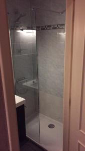 A bathroom at Residentie Maria Lucia