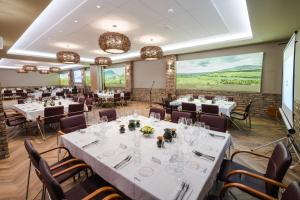 A restaurant or other place to eat at Bock Hotel Ermitage