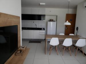 A kitchen or kitchenette at Praia Barra de Sao Miguel