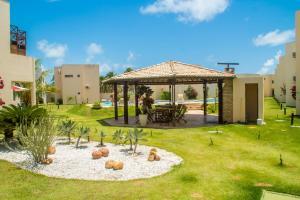 A garden outside Paraiso de Maracajau 4