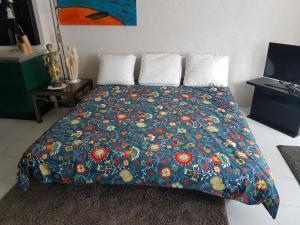 Een bed of bedden in een kamer bij Sint James