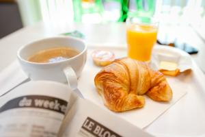 Breakfast options available to guests at Première Classe Lyon Centre Gare Part Dieu