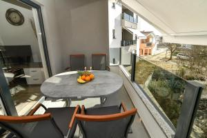 A balcony or terrace at Apartments Boomerang