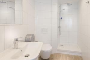 Ванная комната в Enjoy Hostel