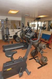 Gimnasio o instalaciones de fitness de HOTEL RITZ