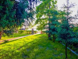 Сад в База отдыха Фазенда