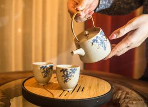 Drinks at Yangshuo Village Retreat