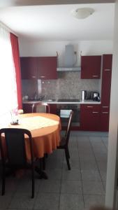 Küche/Küchenzeile in der Unterkunft Hotel Schiffer
