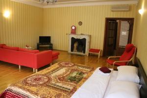 Гостиная зона в Apartment Nevskaya Classica