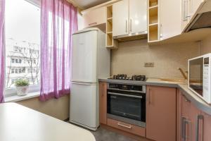 Кухня или мини-кухня в InnDays on Belyaevo 110