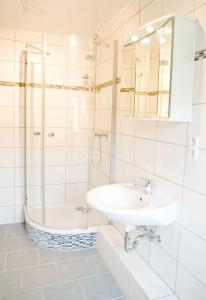 A bathroom at Zum Fuchsbau