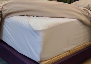 Un ou plusieurs lits dans un hébergement de l'établissement Boulanger Bassin Bed & Breakfast
