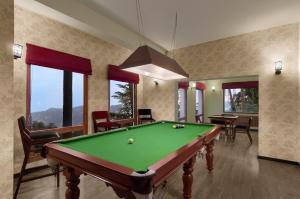 Honeymoon Inn Shimlaにあるビリヤード台