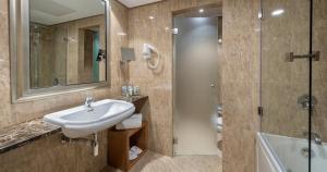 ホテル アベニーダにあるバスルーム