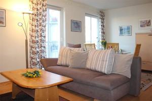 Ein Sitzbereich in der Unterkunft Appartementhaus Olymp