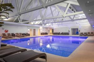 The swimming pool at or near Telford Hotel & Golf Resort - QHotels