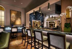 The lounge or bar area at Grande Colonial La Jolla