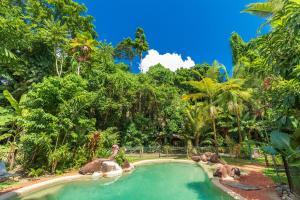 The swimming pool at or near Safari Lodge