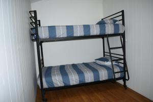 A bunk bed or bunk beds in a room at Australind Tourist Park