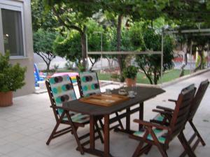 Restaurant ou autre lieu de restauration dans l'établissement Hotel Aki