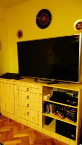 A television and/or entertainment center at Limestone Cottage