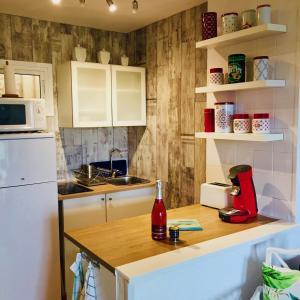 A kitchen or kitchenette at Agata