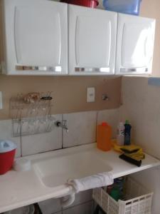 A bathroom at Seu Apartamento em Itaúna