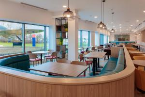 A restaurant or other place to eat at Hampton By Hilton Edinburgh Airport