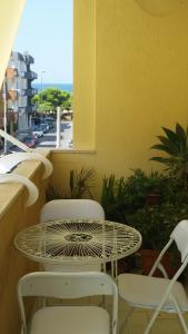 A balcony or terrace at Casa Mary