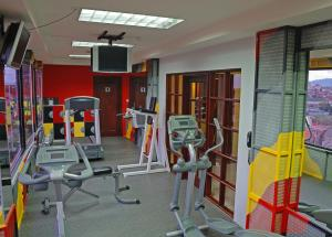 The fitness center and/or fitness facilities at Radisson Hotel San Jose - Costa Rica